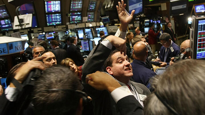 The New York Stock Exchange on September 17, 2008. The Dow Jones Industrial Average closed down 449 points, a day after an $85 billion bailout of AIG. Photo: Mario Tama/Getty Images.