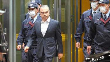 Carlos Ghosn leaving the Tokyo Detention House in April 2019. Photo: The Asahi Shimbun via Getty Images.